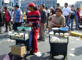 Conversatorio sobre «Condiciones Laborales de las mujeres trabajadoras del comercio ambulatorio»